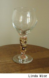 Homemade Holiday Gifts: Wine Glasses with beads