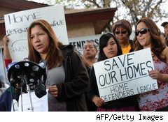 Home foreclosure protest