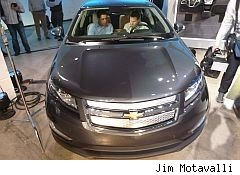 plug in car chevy volt - plug in cars