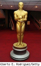 big Oscars statue - betting on the oscars