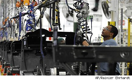 Survey: US manufacturing shrinks for third month