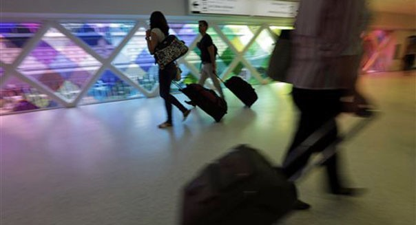 airline passenger complaints rise despite improvements