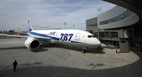 boeing 787 dreamliner resume flights flying