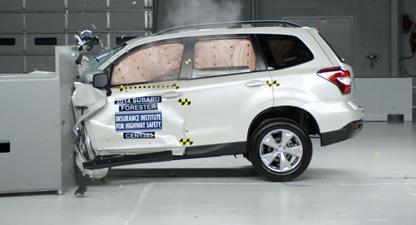 2014 subaru forester IIHS crash test