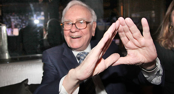NEW YORK, NY - JANUARY 18: Warren Buffett attends the grand re-opening of Jay-Z's 40/40 Club on January 18, 2012 in New York City. (Photo by Johnny Nunez/WireImage)