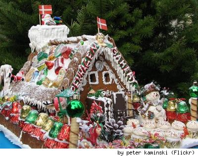 Astonishingly splendid gingerbread house created by Copenhagen Bakery &amp; photographed by Flickr user Peter Kaminski.