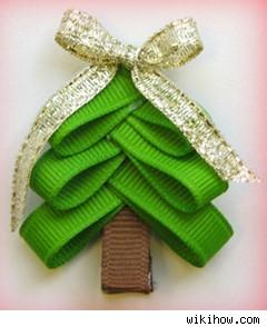 Christmas tree hair clip