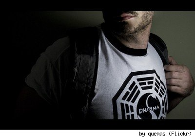 A DHARMA Initiative Swan Station logo t-shirt, by Flickr user Quemas.