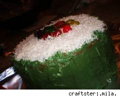 maki-sushi cake is awesome! by craftster user .mila.