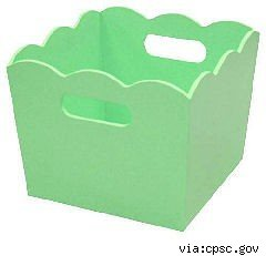 green scalloped edge wood storage bin