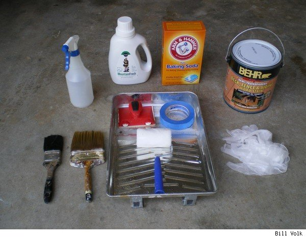 The materials used in the cleanup and staining.