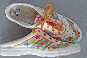 Painted canvas sneakers, Flickr
