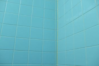 Aqua bathroom tile, Flickr