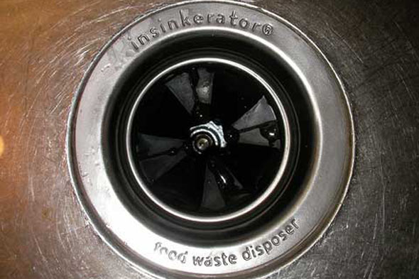 [Image: garbage-disposal-closeup-590ls031710.jpg]