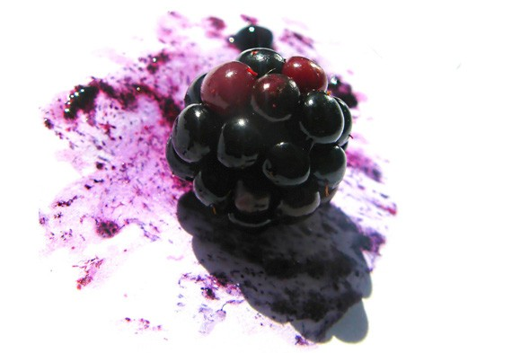 blackberry, juice, stain