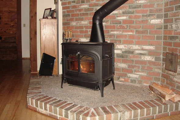 Should You Install a Wood Stove? - DIY Life
