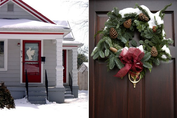curb appeal, red door, winter wreath