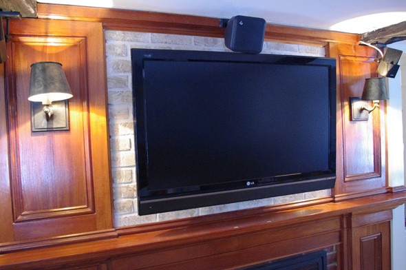 wall mount a tv