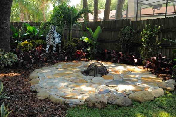 Backyard Makeover Ideas : And finally, heres a junglethemed fire pit designed for a family who