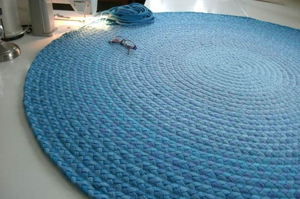 How to for How to make rugs out of old t shirts