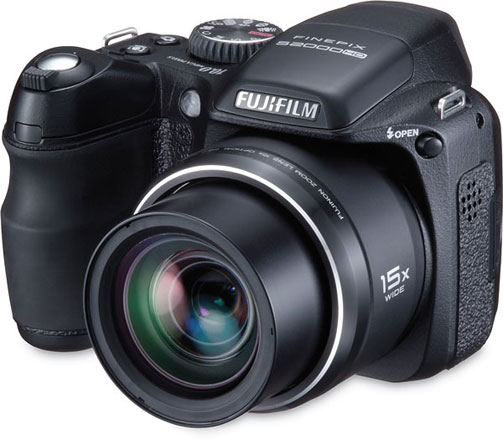 Fujifilm finepix s2000hd gets reviewed all 15x of it for Finepix s2000hd