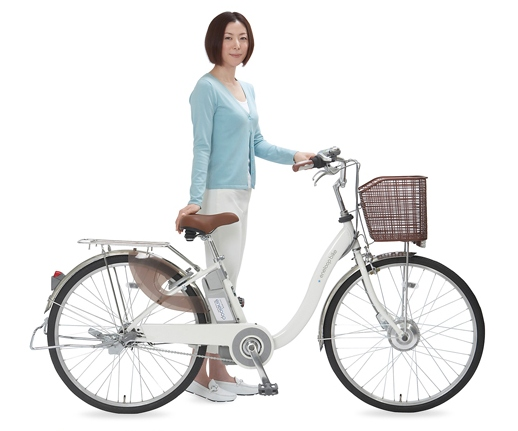Sanyo's eneloop hybrid bike has basket, will travel