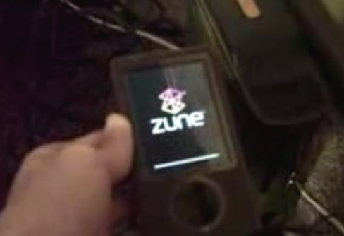 The Zunes are failing! The Zunes are failing!