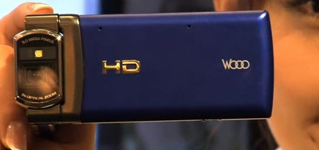 hitachi-wooo-720p-phone.jpg