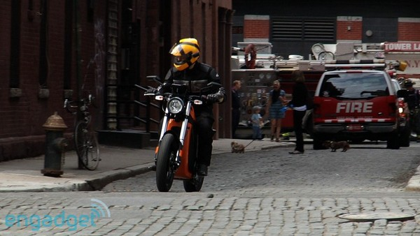 Engadget cruises with the Brammo Enertia electric motorcycle (with video!)