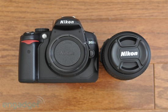 nikon d5000 kit. Nikon#39;s D5000 gets reviewed in