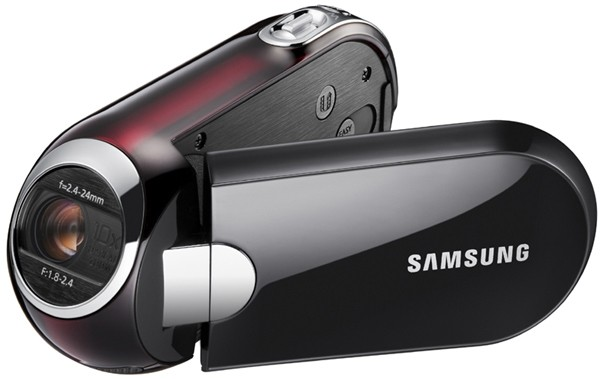 Samsung's SMX-C14 camcorder now beautifying stores in Korea