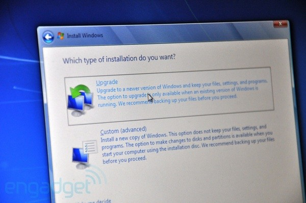How to repair damaged system files in windows xp