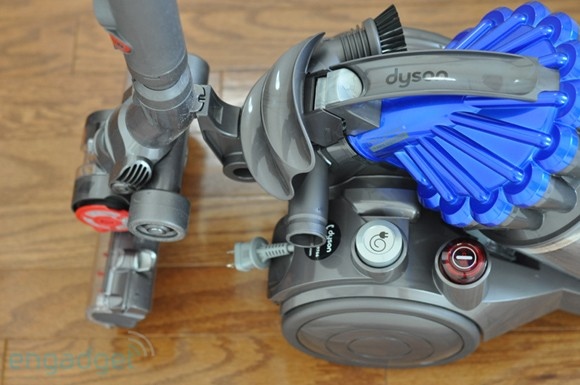 how to clean dyson dc23 turbine head