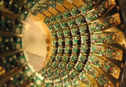 Google working with D-Wave on what may or may not be quantum computing