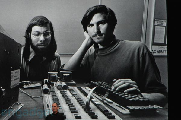 Thumb Photo of Steve Jobs and Steve Wozniak in 1976