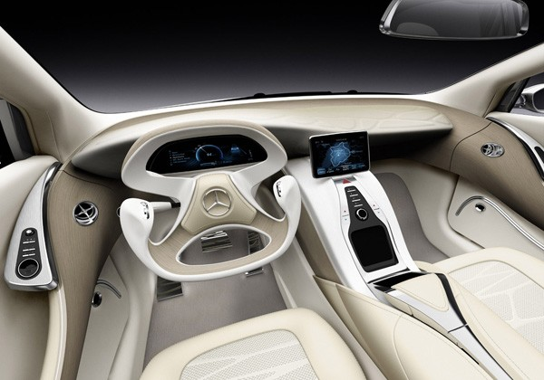mercedes benz f800 style teases us with fuel cells aggressive new look. Black Bedroom Furniture Sets. Home Design Ideas