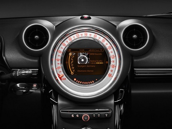 Mini Countryman to be first production car with internet streaming radio?