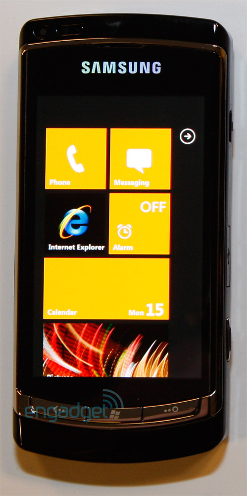 03 15 10samsungsolowp7 I tre Windows Phone 7 Series devices