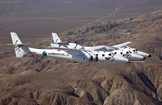 Virgin Galactic's SpaceShipTwo completes maiden flight (now with video!)