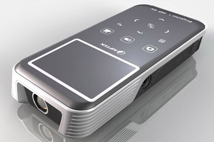 pAiptek equips their pocket DV with projector and presents users Z20