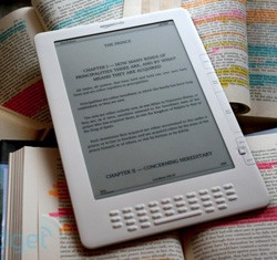 Slimmer Amazon Kindle in August