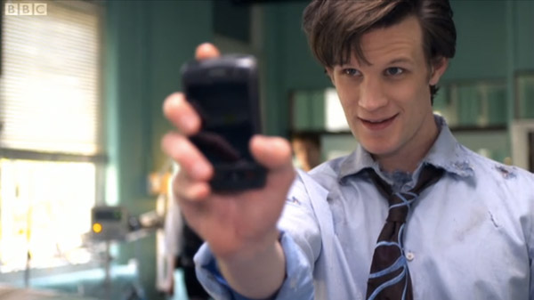 Screen Grabs: Blackberry Storm saves the world in new 'Doctor Who'