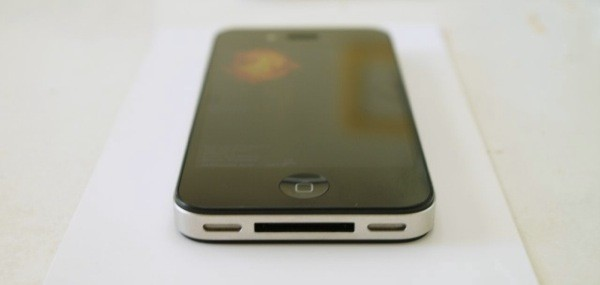 Otro prototipo del iPhone 4G 37