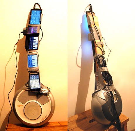 Phone guitar: iPhone OS, Windows Mobile and Android got all night to set the world right (video)