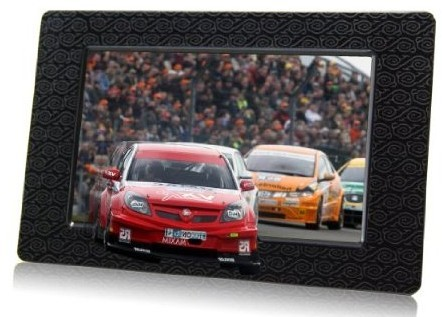 Aiptek's 3D photo frame serves up the fruit of your 3D camcorder's labor