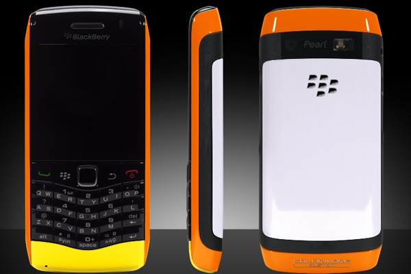 Colorware Releases New Designs for BlackBerry Pearl 3G and Flip UltraHD