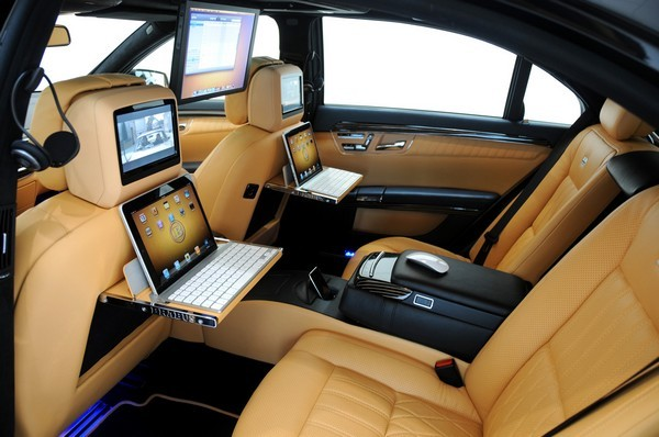 Brabus iBusiness luxury sedan puts an iPad at every seat, a Magic Mouse at every hide-covered covered armrest