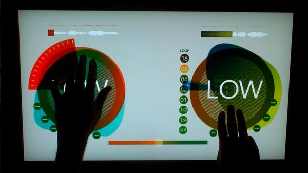 Multitouch DJ table lets you swipe to roc