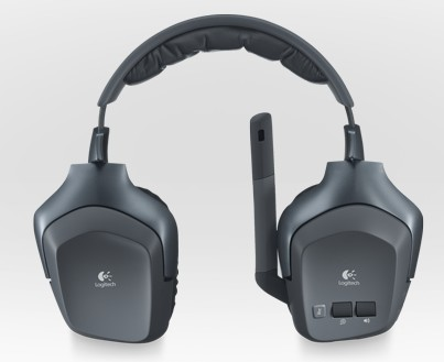 Logitech's F540 gaming headset connects to three consoles, wirelessly