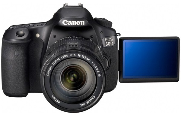 Canon's 60D impresses reviewers, but a challenger approaches